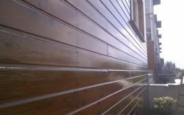 Nátěr dřevěné fasády v Modřanech