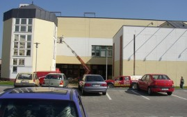 Nátěr fasády budovy